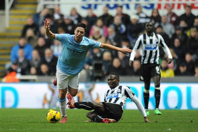 yanga-mbiwa-sorry-for-nasri-tackle-136386693075714202