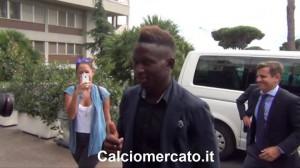 Yanga-Mbiwa fotografert i Roma