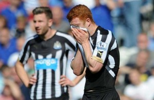 Jack Colback Shirt Over Face Paul Dummett Newcastle United