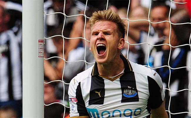 Matt Ritchie Shouting Close Up