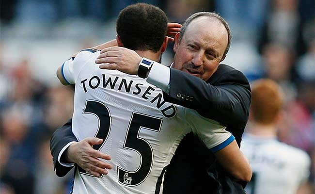 Andros Townsend Rafa Benitez Hugging