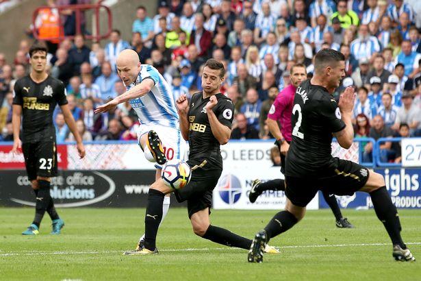 huddersfield borte